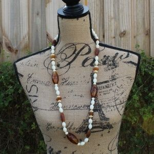 3/$10 BOHO VINTAGE PLASTIC BROWN BEAD NECKLACE